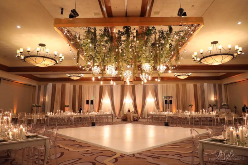 Apropos Creations Arizona Wedding and Event Planner